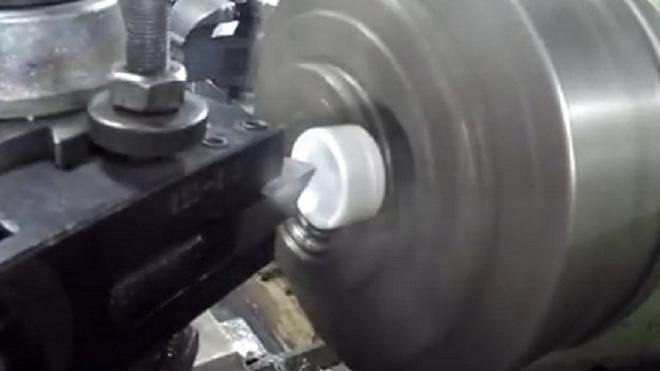 Pasos para fabricar una rótula en un taller de mecánica