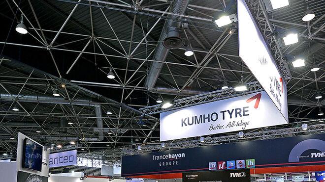 Kumho presenta dos nuevos neumáticos de camión en Solutrans 2017