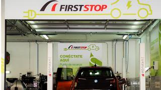 First Stop equipará a sus talleres con cargadores para coches eléctricos