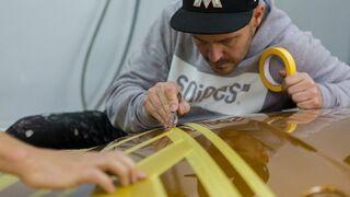 Cómo el arte del grafiti y R-M transforman un coche de lujo