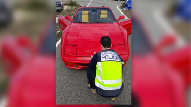 Detenido por cambiar la carrocería de un coche y querer venderlo como un Ferrari