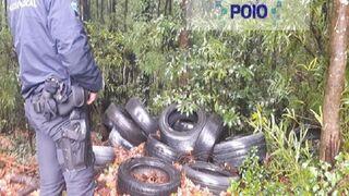 Buscan talleres clandestinos a partir de vertidos ilegales de neumáticos en Pontevedra