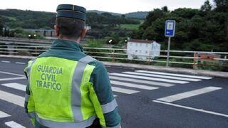 La campaña de control de la Guardia Civil en Galicia detecta 200 coches con la ITV caducada