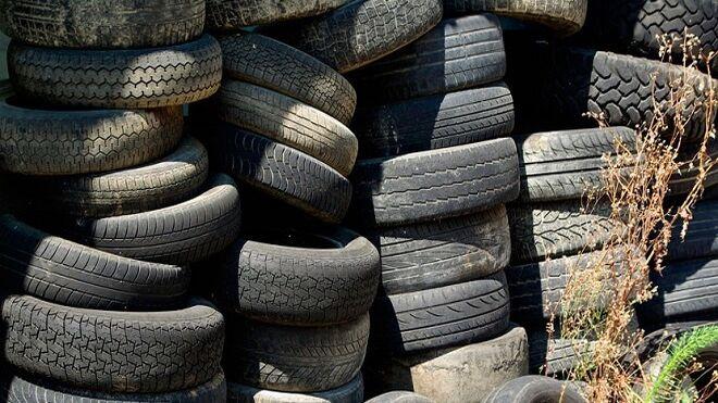 Localizados dos vertederos ilegales de neumáticos en Mallorca