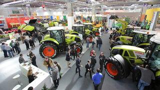 El neumático brilla entre tractores