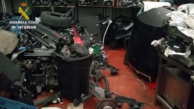 Detenidos por robar y desguazar coches en talleres ilegales en Madrid y Toledo
