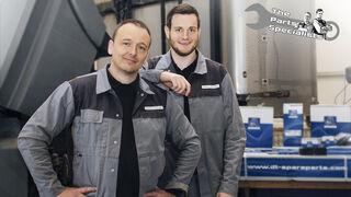 Cómo reparar la bomba de agua en vehículos comerciales