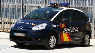 Un taller de neumáticos de Ceuta es asaltado por varios individuos