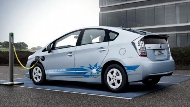 ¿Cuál es el futuro de la automoción con la llegada de los híbridos y eléctricos?