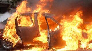 Un taller indemniza a un cliente por incendiarse su coche tras ser reparado