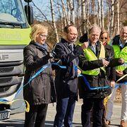 Suecia inaugura una carretera que cargará los coches eléctricos