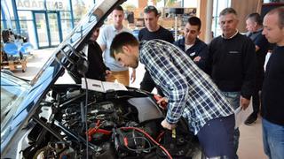 Recambios Segorbe forma en la reparación de vehículos diésel BMW