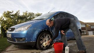 Consejos para evitar problemas con los neumáticos en los boxes de autolavado