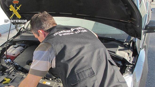 Investigan un concesionario de Pontevedra por estafar 640.000 euros a sus clientes