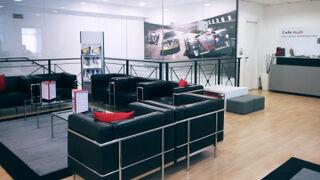 Sala de espera concesionario Audi Arrojo