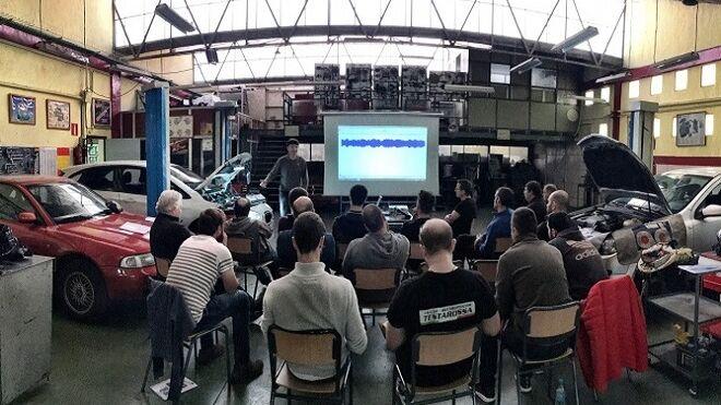 Recambios Reymo forma a sus talleres en sistemas de control motor