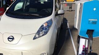 Atreve ofrece la instalación de puntos de recarga en talleres para coches eléctricos