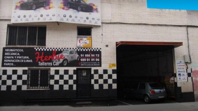 Una clienta de Herbie Car gana la promoción Asetra de junio