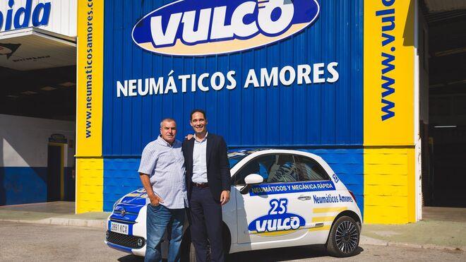 Vulco entrega dos Fiat 500 a talleres de Estepona y Madrid