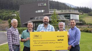 Sinnek entrega casi 5.500€ a la Asociación Española Familia Ataxia Telangiectasia