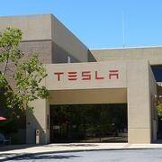 Tesla negocia la ubicación de su primera gigafactoría en Europa