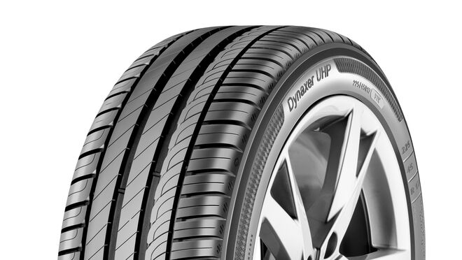 Kleber introduce su nuevo neumático Dynaxer UHP