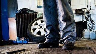 Los talleres mecánicos denuncian el aumento de ilegales en Montijo (Badajoz)