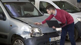 Centro Zaragoza anuncia la próxima promoción del Curso Superior de Perito de Seguros de Automóviles