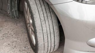 Alinear las ruedas cuesta 44,53 euros de media en España