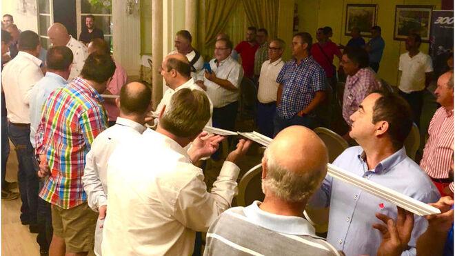 Neumáticos Santa Ana reunió a sus clientes de camión en Almería