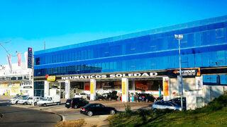 El centro Neumáticos Soledad de Narón cumple 10 años