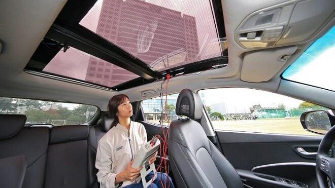 Hyundai desarrolla placas solares para cargar las baterías de los vehículos