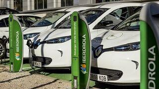 Iberdrola suministrará paneles fotovoltaicos y puntos de recarga a asociados de AMDA