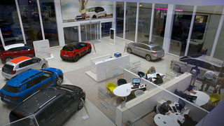 Faconauto apoya la prestación de productos y servicios a los concesionarios