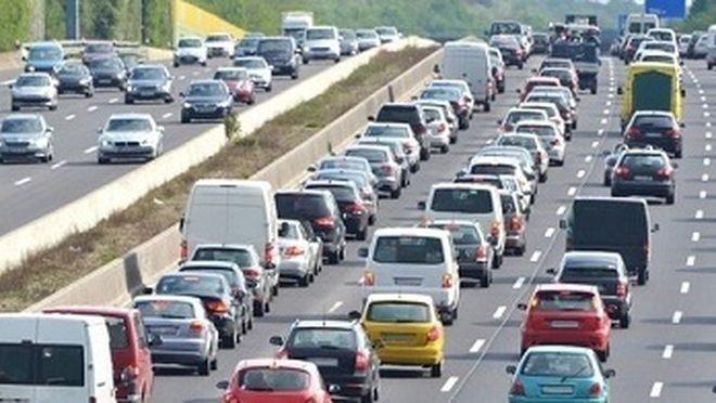 Según el comisario europeo, habrá sectores en los que el motor de combustión interna deberá seguir