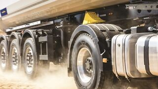 Nueva gama Omnitrac de Goodyear para camiones de servicio mixto
