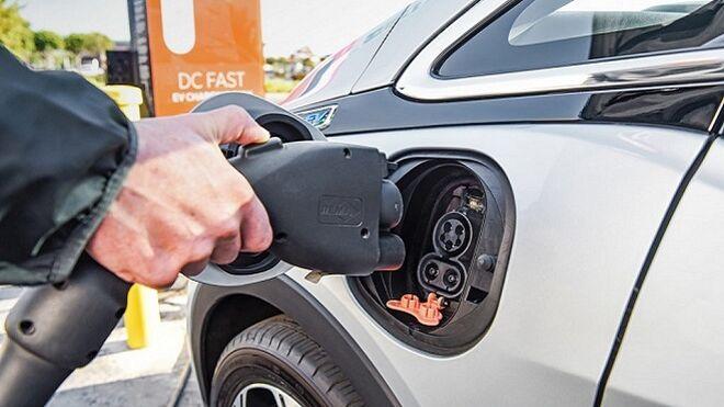 El Gobierno suaviza el final de los motores de combustión interna para 2040