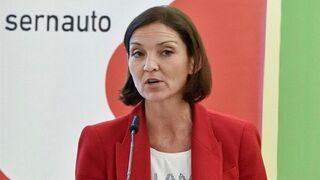 La patronal se reúne con el Gobierno para trabajar en la descarbonización del sector