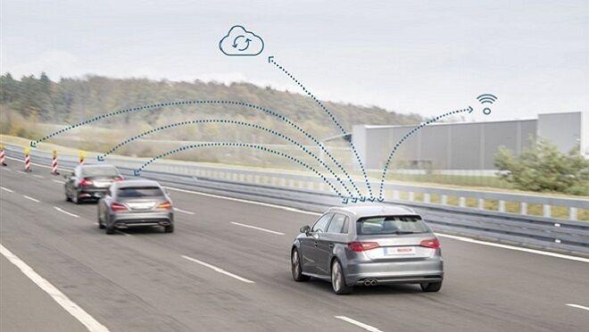 Bosch permite el intercambio de datos de los coches con su entorno