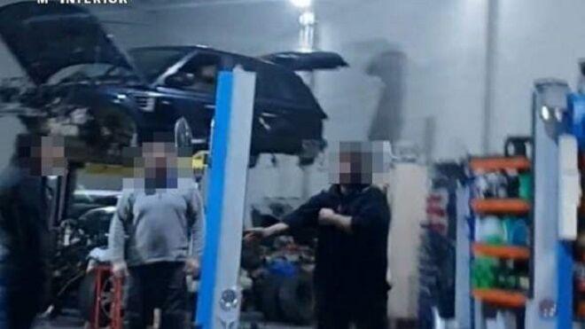 Localizan ocho talleres mecánicos ilegales en Badajoz