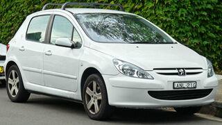 ¿Por qué puede estar encendido el testigo del airbag?