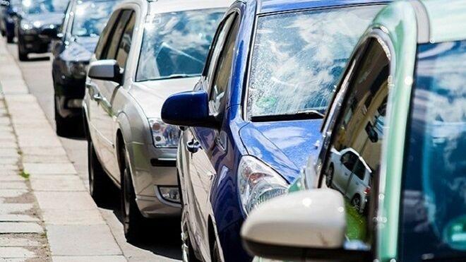 Solo uno de cada tres vehículos vendidos en 2040 será eléctrico