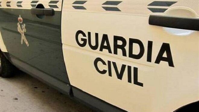 Detenidos tres jóvenes por robar dos coches en un taller de Beniaján (Murcia)