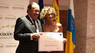 Adalberto Dorta y Repuestos Doral, medalla al mérito en el trabajo