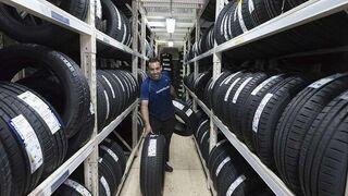 La UE prevé actualizar las normas de etiquetado de neumáticos