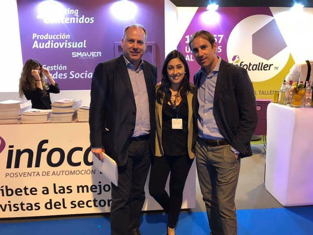 Mar Calderón, con Jorge Rodríguez y Juan Lanaja, director comercial y director general, respectivamente, de Ferdinand Bilstein España (bilstein group)