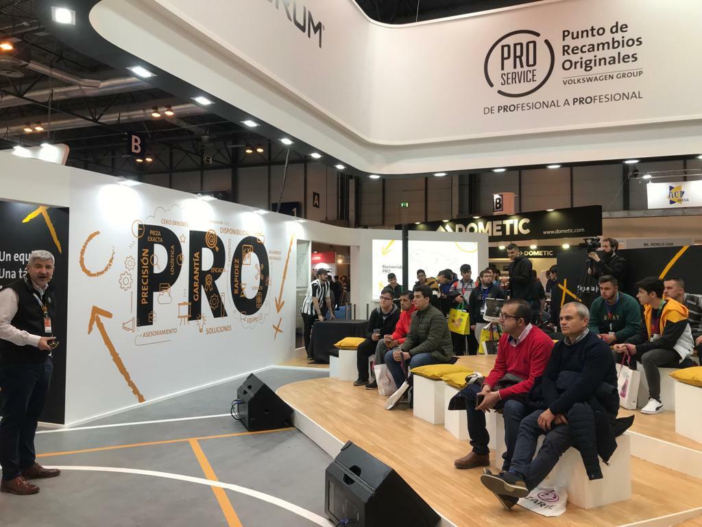 A tope con las charlas formativas para talleres en el stand de PRO Service