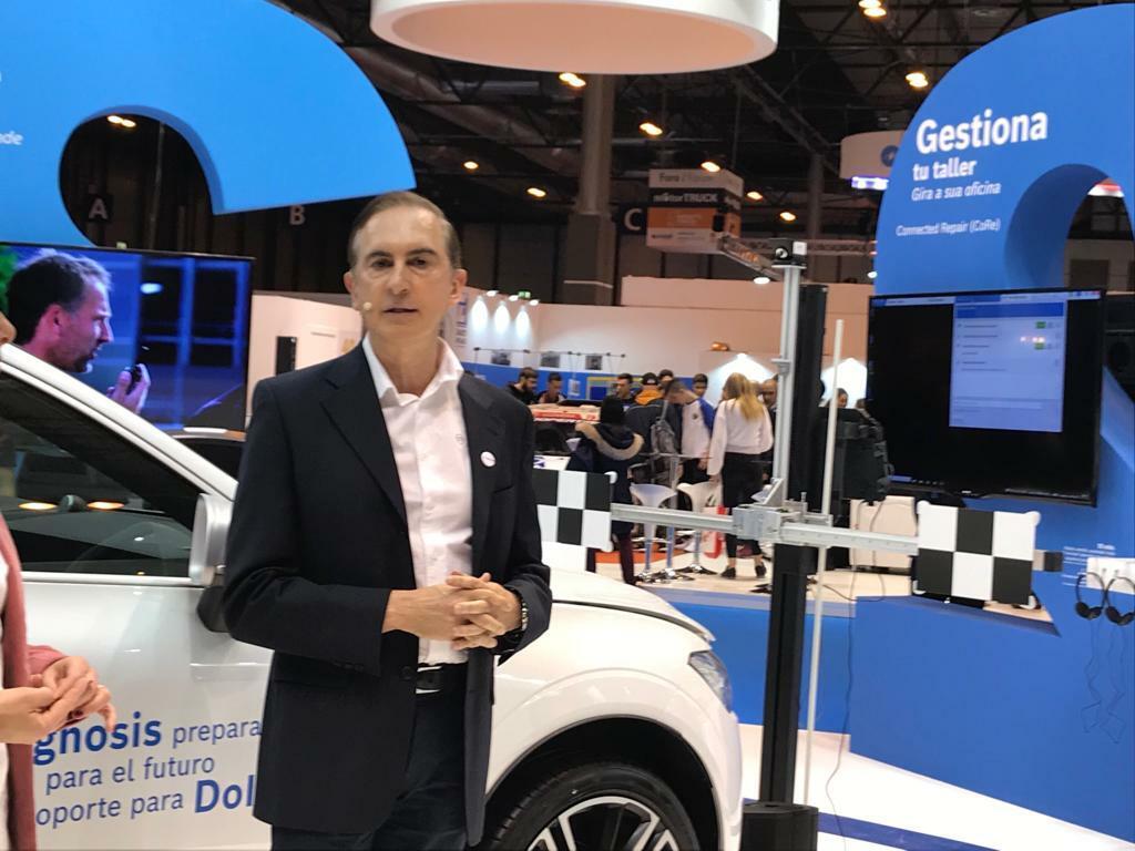 Sinfo Gallo, director de Marketing de Aftermarketing Automotive de Bosch, explicó los conceptos y soluciones para el taller