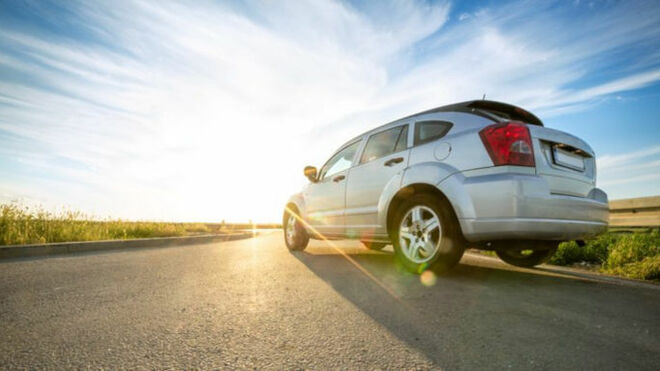 El efecto triboeléctrico es el causante de los calambres en los vehículos