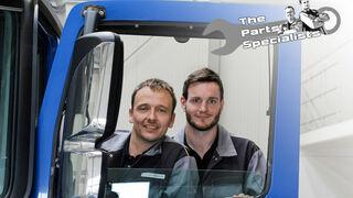 """Como cambiar el motor del elevalunas de un camión, con la ayuda de los """"DT Parts Specialists"""""""